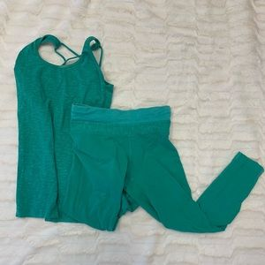 Turquoise Hard Tail workout set